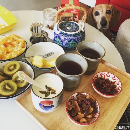 张梓琳晒孕妇餐