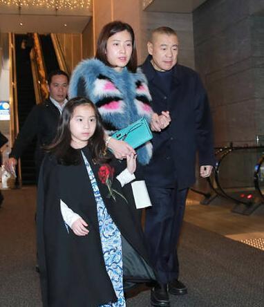 富豪刘銮雄与甘比和女儿