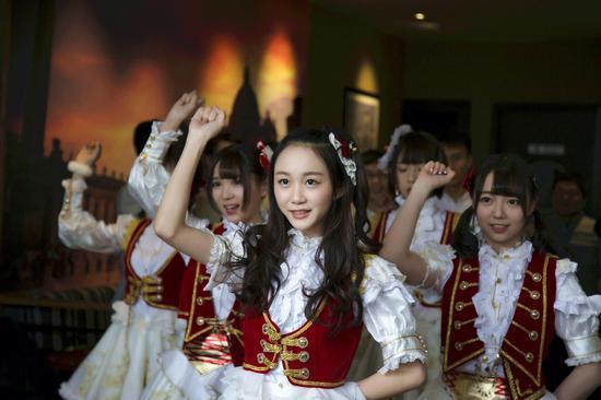 综艺 > 正文     新浪娱乐讯 2月3日,《国民美少女》国民s,n,h三队