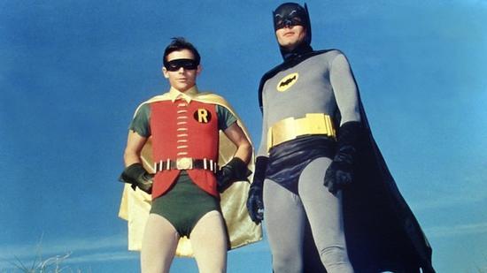 米國人民的萬年玩笑:蝙蝠俠與他家羅賓們到底啥關係……