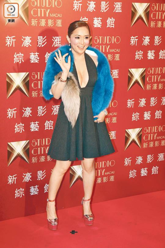 滨崎步称赞麦当娜专业,是值得尊敬的巨星。