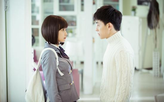 《候鸟》邓伦展演技与张若昀大打出手