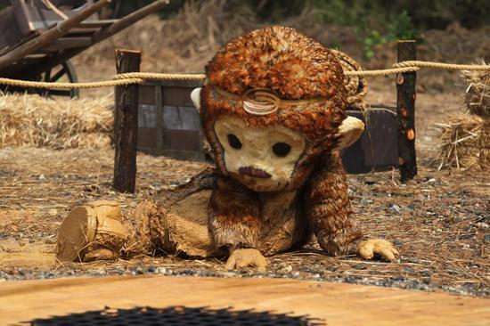 猴嗨森身陷泥潭