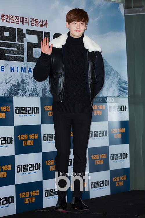 李钟硕签约韩国YG 与车胜元姜栋元成同门