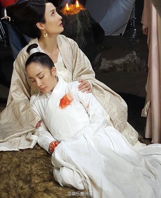 杨幂拍摄新剧《三生三世十里桃花》