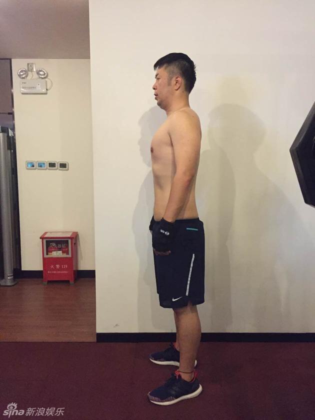 杜海涛瘦身照旁的胖影子