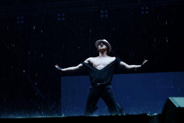Rain北京演唱会圆满落幕 劲歌热舞秀中文
