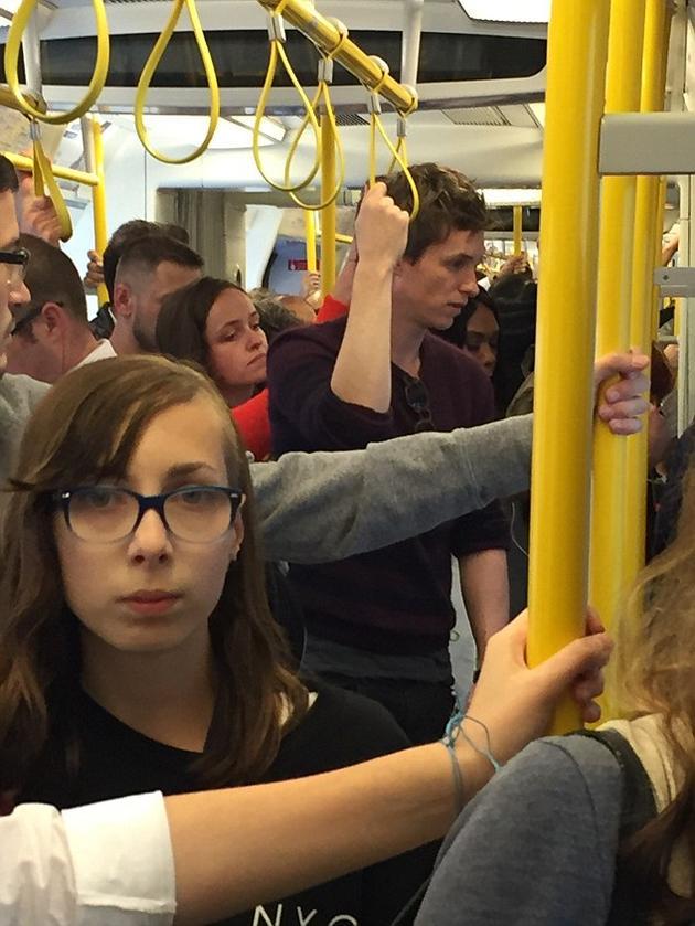 雷德梅恩被目击坐地铁