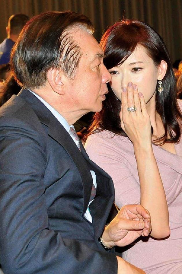林繁男和林志玲一同出席活动
