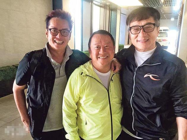 据香港媒体报导,谭咏麟[微博](阿伦)与曾志伟[微博]经常见面,曾志伟经