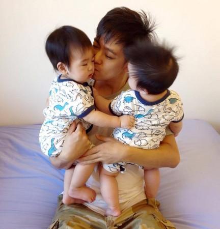 林志颖与双胞胎儿子