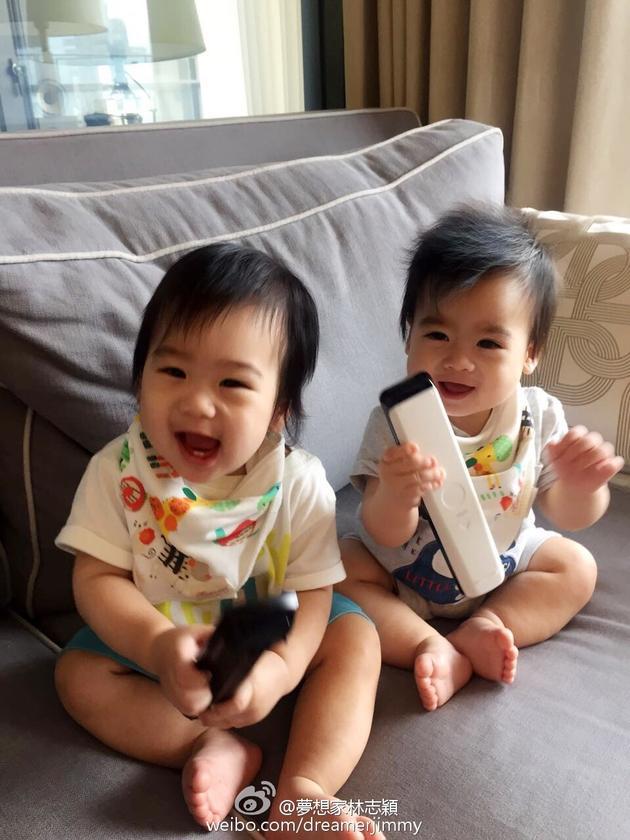 林志颖儿子笑容可爱