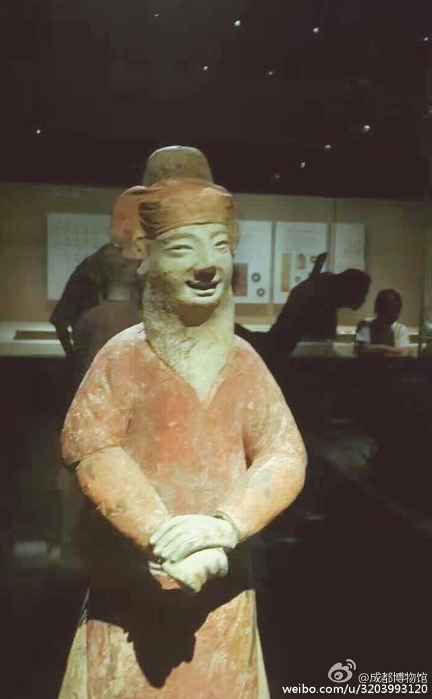 博物馆石像
