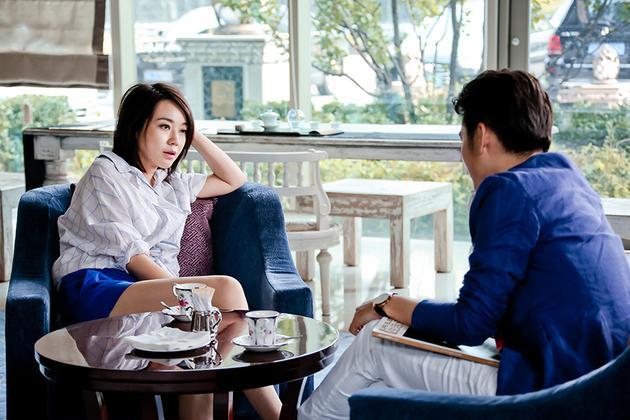 新浪娱乐讯 正在安徽,天津卫视热播的,由闫妮主演的电视剧《太太万岁
