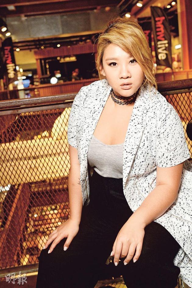 郑欣宜透露这两年受到伤痛,这次演唱会正正有机会让她剖白心中所痛