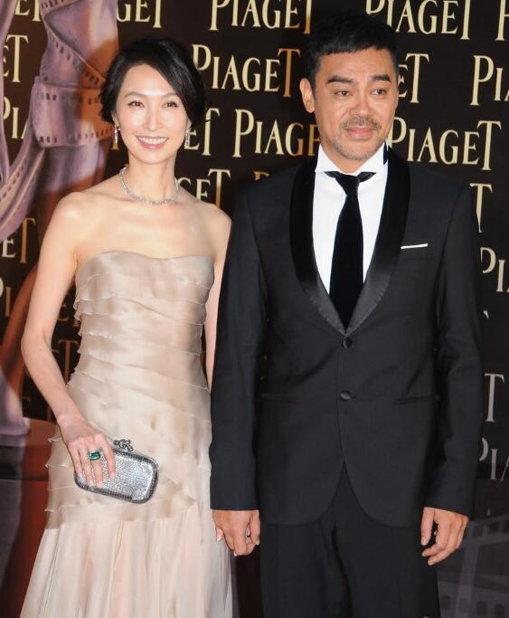刘青云和太太郭蔼明资料图