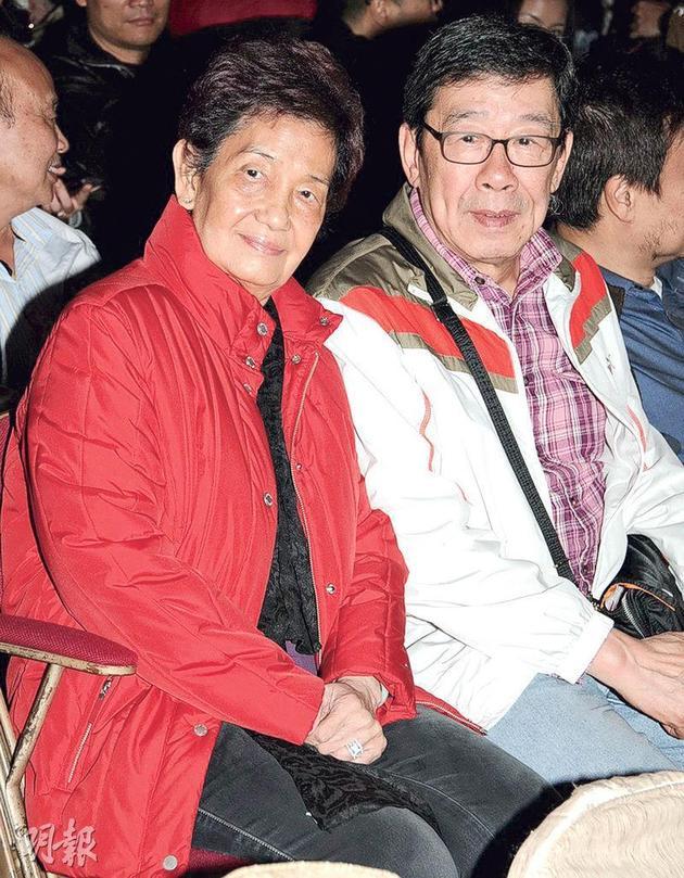 胡枫太太近年因健康问题,很少跟胡枫出席公开活动。