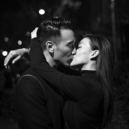 蔡诗芸勾肩接吻王阳明 告白:每一天爱着你