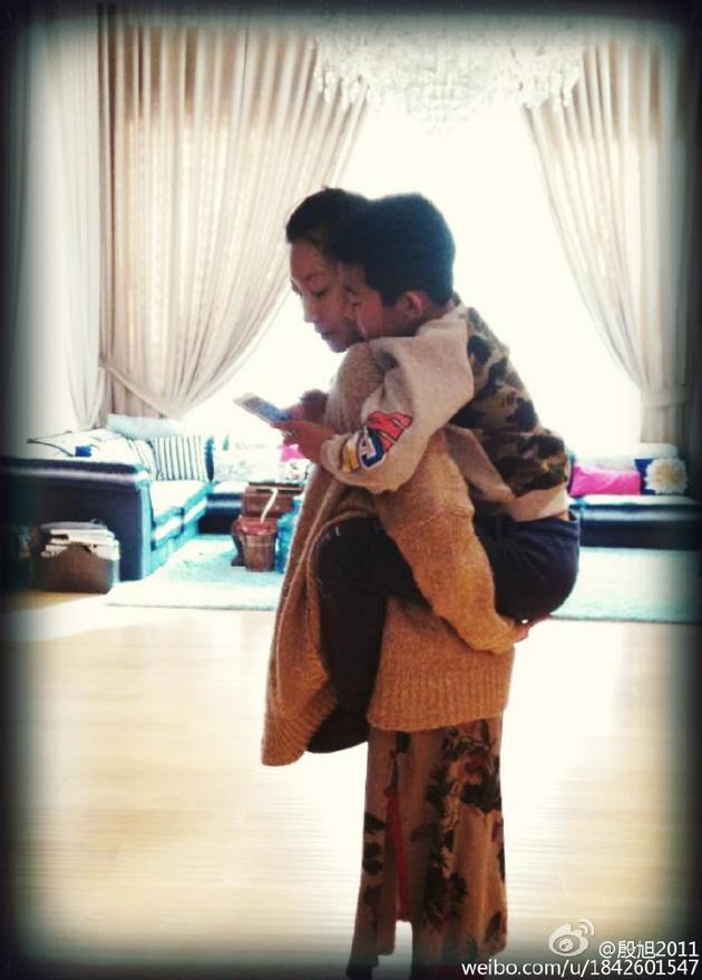 殷旭和孩子