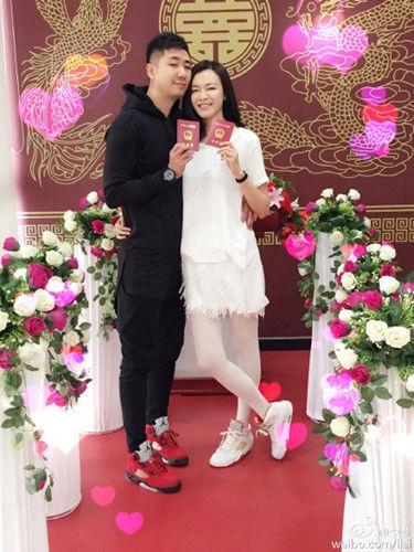李艾与丈夫张徐宁