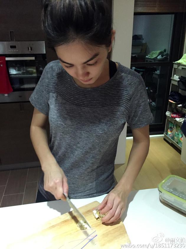 Ella下厨