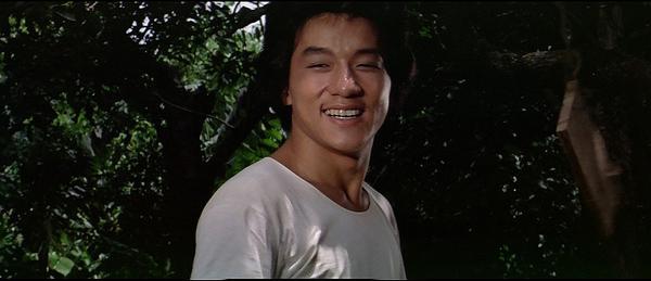 《广东小老虎》拍摄于1973年,当时成龙年仅19岁