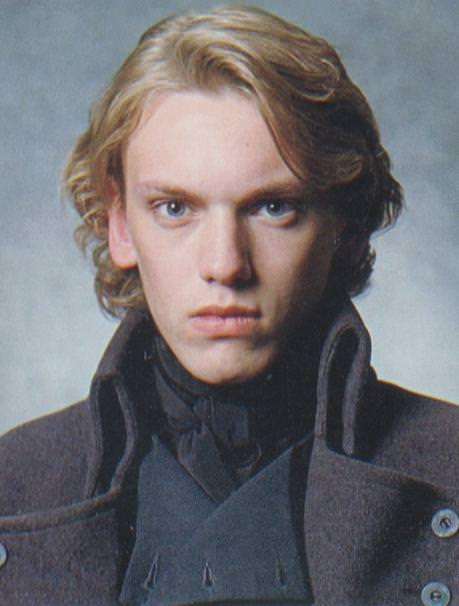 当年的格林德沃年轻英俊