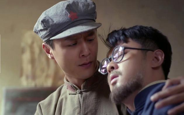 剧中,李立,高昊[微博]饰演的钟家兄弟在阔别多年之后终于重逢.