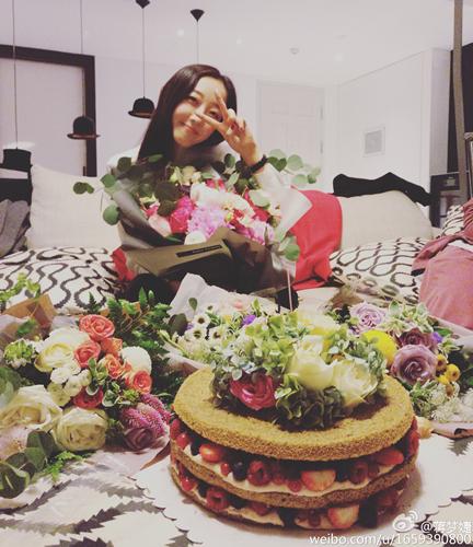 蒋梦婕27岁生日