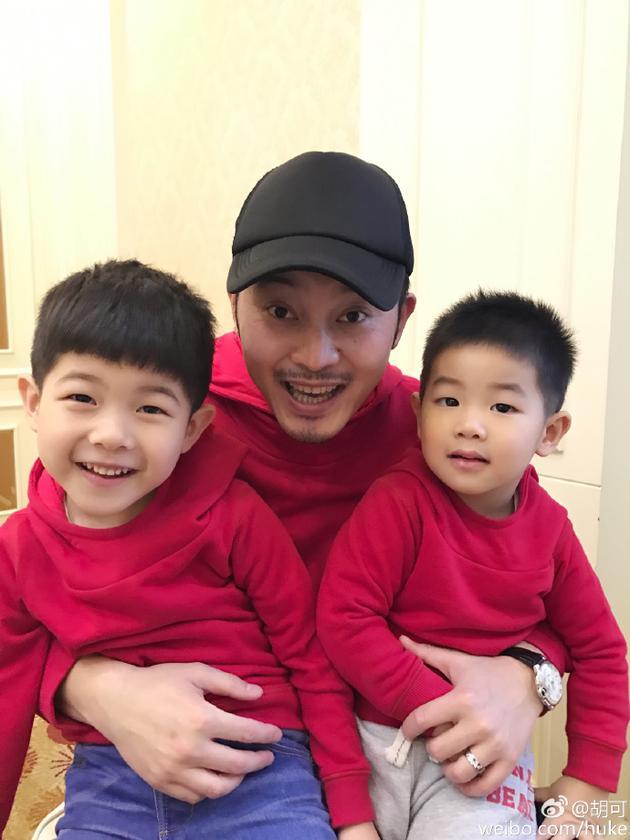 沙溢与两个儿子
