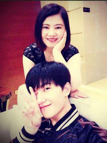 杨洋和妈妈