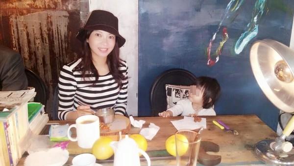 辰亦儒姐姐和女儿