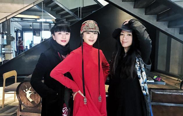 杨丽萍三姐妹