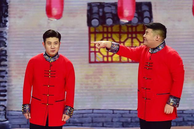 高晓攀、尤宪超在央视春晚上表演的《姥说》获得好评