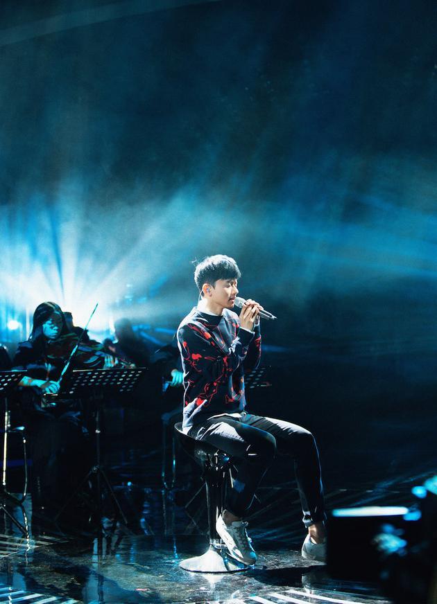 张杰《歌手》演唱被指侵权