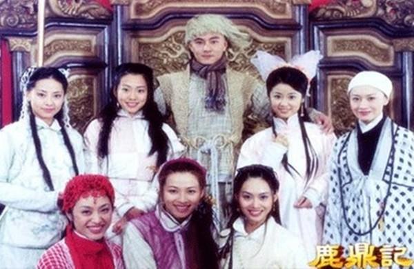 张卫健与剧中七个老婆