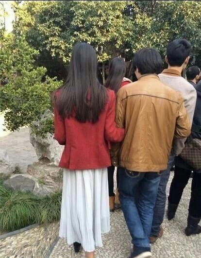网友曝光陈都灵旧照