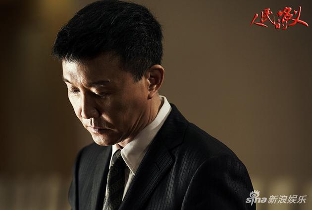 吴刚饰演李达康
