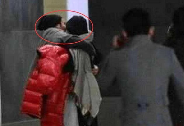 疑似杨幂刘恺威当街热吻被拍
