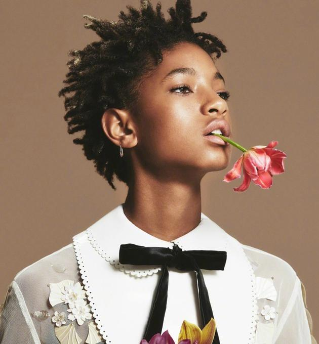 威尔·史密斯16岁的女儿维罗·史密斯早已是流行偶像