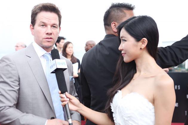 周玲安独家专访马克·沃尔伯格