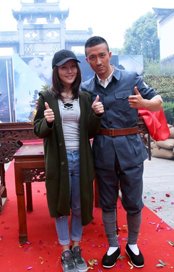 《逆战》张铎刘梦珂合影