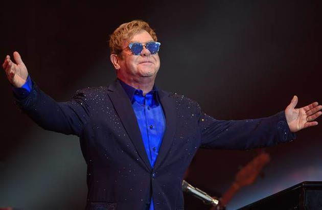 70岁歌手感染致命细菌住院12天 一度进重症监护室