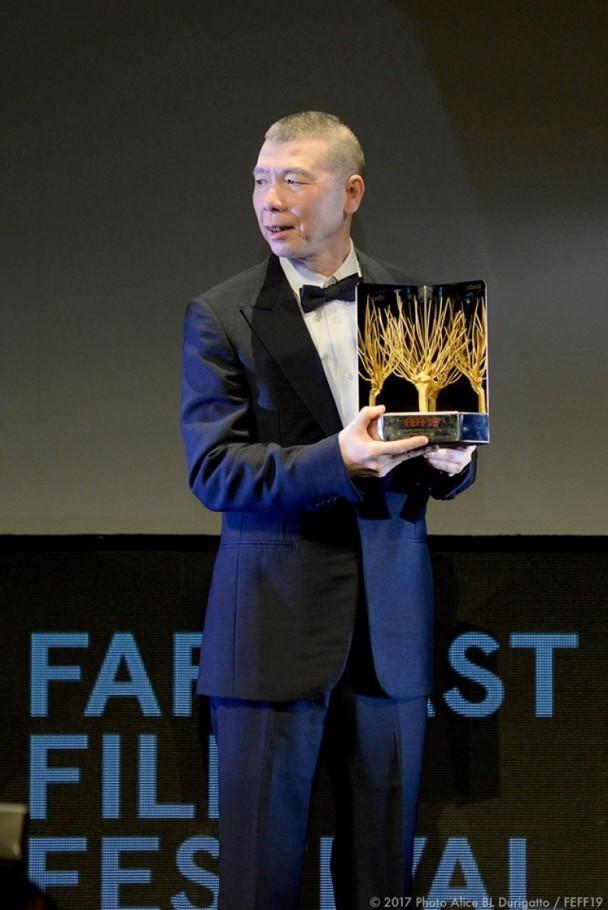 恭喜!冯小刚与曾志伟获远东电影节终身成就奖