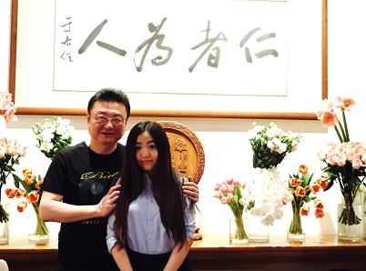 王宁与女儿娃娃