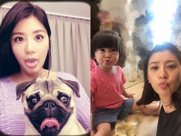 贾静雯模仿经纪人爱犬吐舌头,和咘咘玩自拍发现女儿也爱扮鬼脸。
