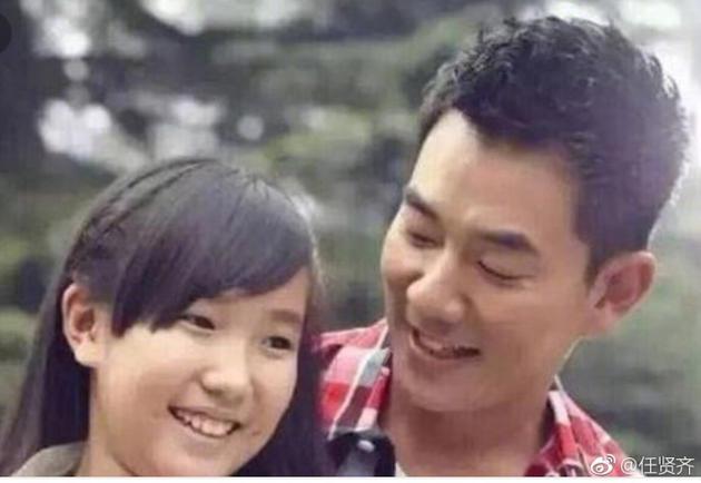 任贤齐为12岁女儿庆生 女儿长发飘飘与父眉眼相像