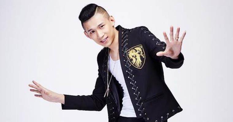 MC天佑自曝将出席《快男》发布会 与300选手喊麦