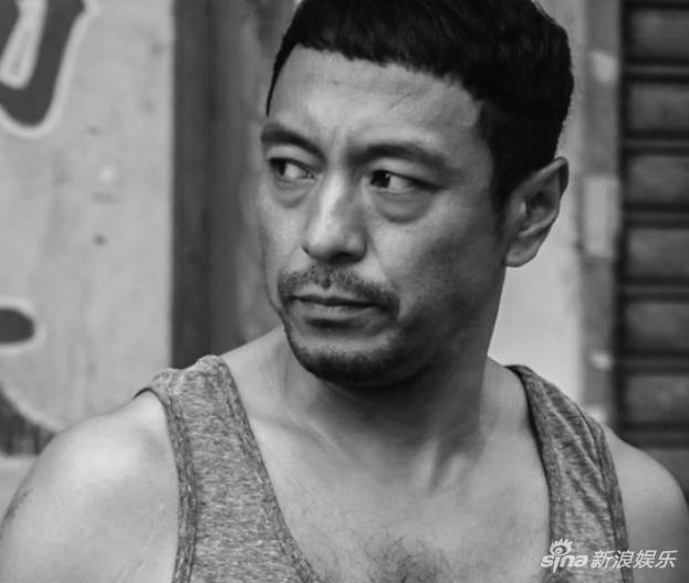 2年拍26部戏!姜皓文:在港片低潮期熬出黄金时代
