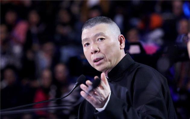 《摔跤吧,爸爸》获冯小刚称赞 七八个人憋尿看完